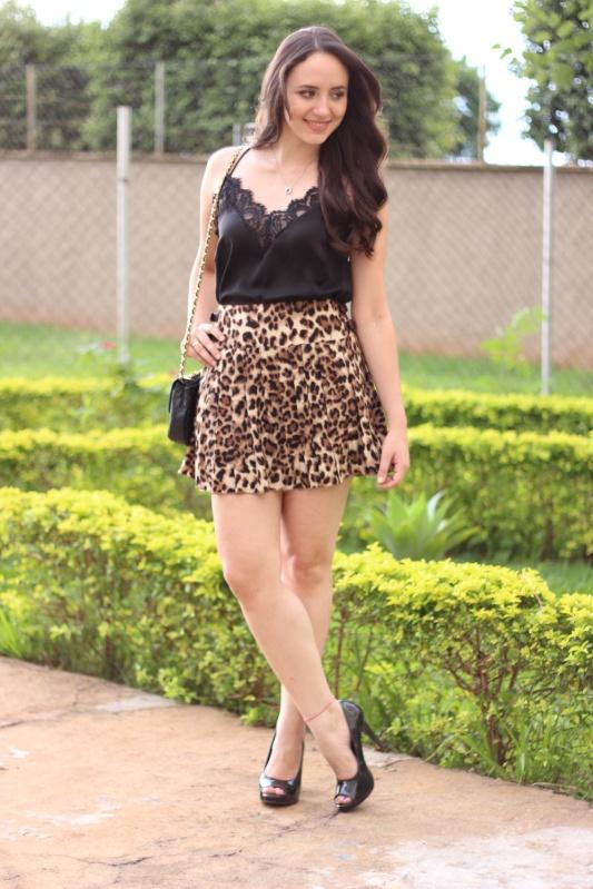 Ana Paula Cavicchio, 24anos, noiva, formada em Administração de Empresas. Da minha paixão pelo universo dos Blogs, da moda e da beleza surgiu nosso cantinho para compartilhar futilidades.